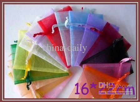 Freies Schiff 200 stücke 16 * 22 cm Organza Schmuck Handtuch Blütenblätter Hochzeit Party Candy Perlen Weihnachtsgeschenk Taschen
