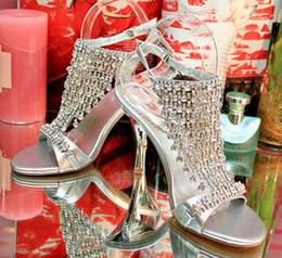2019 scarpe da sera di formato delle signore Party Evening Ladies Bride Scarpe da sposa argentee Pietre di cristallo Scarpe con tacco alto Scarpe dalla 34 alla 39 scarpe da sera di formato delle signore economici