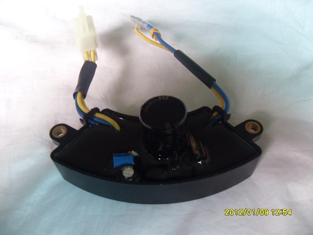 1-3KW Gasolina Gerador AVR Meia Plástico Redondo Pode, Navio rápido por UPS, TNT, DHL, Fedex, ARAMEX