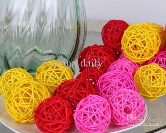 3cmから7cmの自然な小枝ボールの花瓶充填テーブル散らばりのウェディングブライダルベビーシャワーの装飾からの100ピース