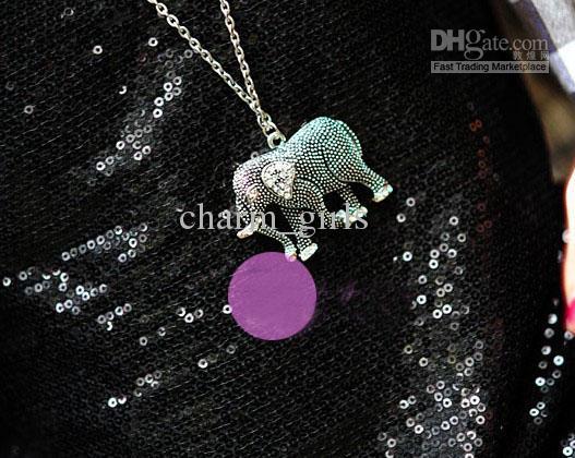 Livraison gratuite 15 pcs * Rétro sculpté éléphant diamant chaîne de chandail collier en cristal