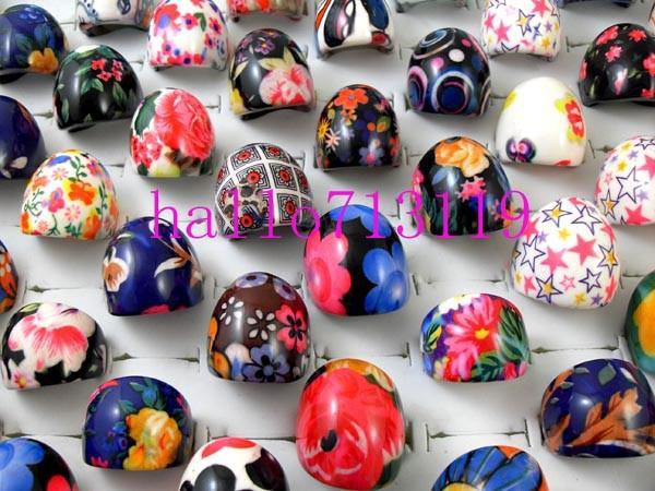 50st Top Quality Big Resin Ringar Kvinnor Lady Flower Mix Färg Charm Ringar Partihandel Mode Smycken Massor