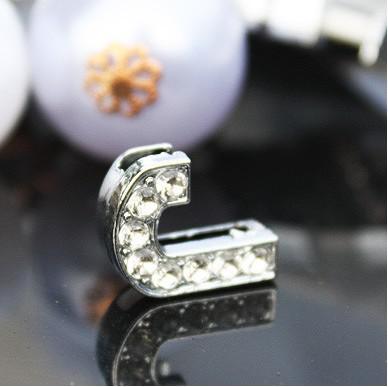 / 10mm J strass entier Bling lettres Slide DIY accessoires en alliage Fit pour 10MM bracelet porte-clés 0039
