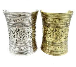 $enCountryForm.capitalKeyWord UK - Tibetan Style Tribal Retro Carving Flower Wide Bangle vintage silver bronze metal Jewelry Gift