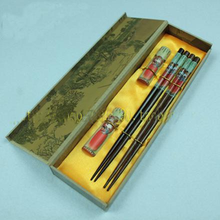 Kaufen Sie Holz Essstäbchen Set Chinesisch Printed Handwerk Geschenkboxen 2 Sätze / Pack (1set = 2pair) frei