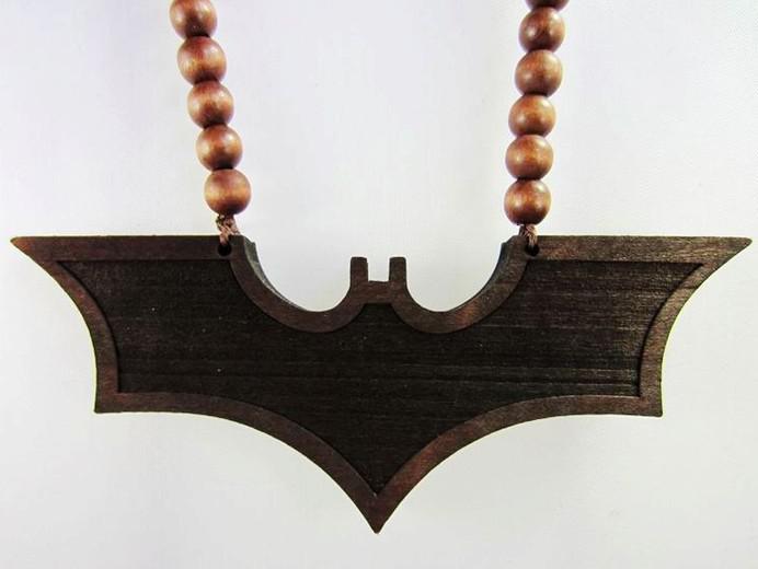 Hip-hop Goodwood NYC Mix 2pcs Bat Man Pendant BlackRed Bra Träpärlor Kedja Halsband