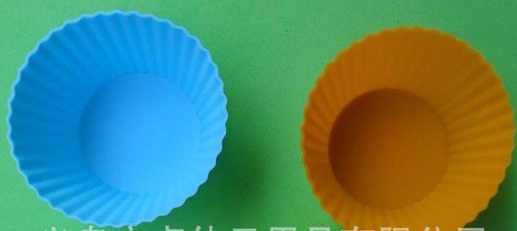Pastel de jabón de chocolate Molde de silicona Muffin Cup Liner DIY Pastel de azúcar Sugarcraft Plunger Cutter