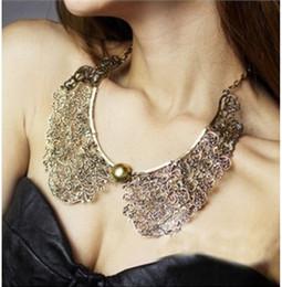 Wholesale Flower Bib Necklace Silver - New Vintage Bronze Hollow Metal Carve Flower False Collar Choker Bib Necklace
