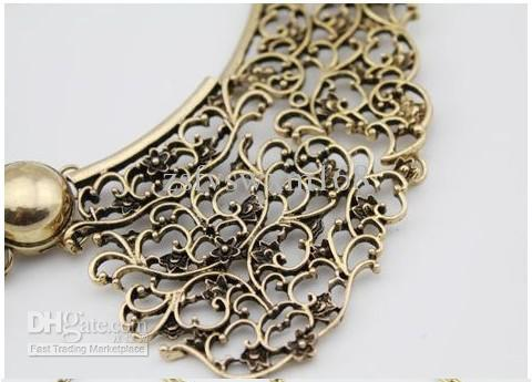 Novo Vintage Bronze Oco de Metal Esculpir Flor Falso Colar Gargantilha Bib Colar