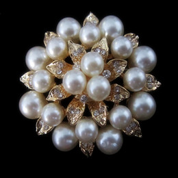 pearl leaf brooch Canada - Gold Plated Rhinestone Crystal Cream Pearl Leaf Flower Bridal Pin Brooch