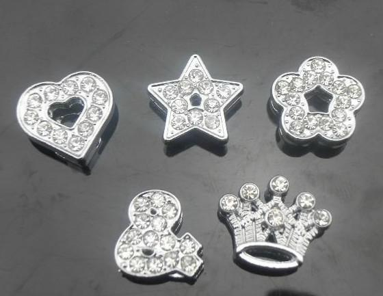 20st / mycket 10mm Full Rhinestones Mix Styles Slide Charms Heart Star Flower Crown Passar till 10mm Armband