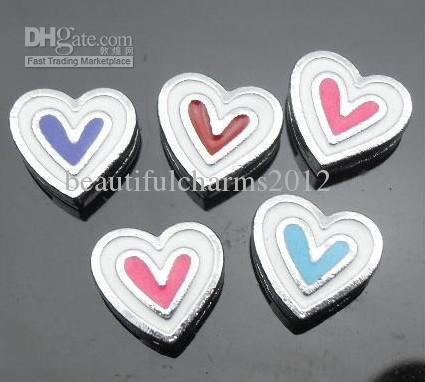 Toptan 50 adet / grup 8mm Emaye kalp Slayt Charms 8mm diy bileklik bilezik için fit anahtarlıklar moda jewelrys