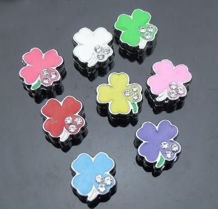50 pçs / lote 8mm Enamel grama sorte Encantos de Slides diy acessórios Apto Para 8mm tiras de telefone chaveiros