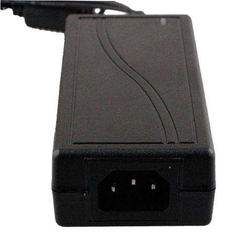 6A 5V 30W AC DC Universal Switch Netzteiladapter