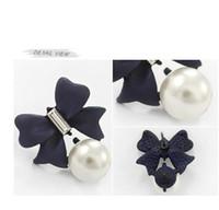 ingrosso orecchini di prua blu-Orecchini con perla in diamanti con fiocco blu navy