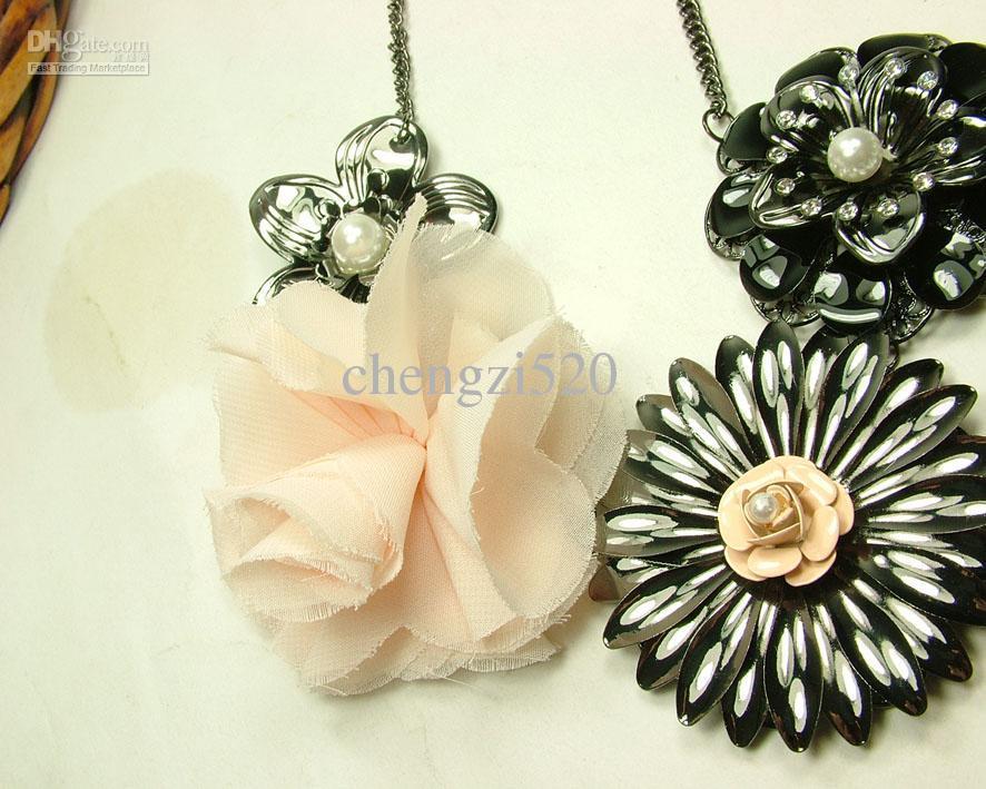 Schwarze Blumen + Chiffon-Blumen-Halskette Neuer heißer Verkauf