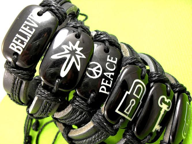 10st mäns mode läder 5 Designs mixarmband smycken jobb mycket