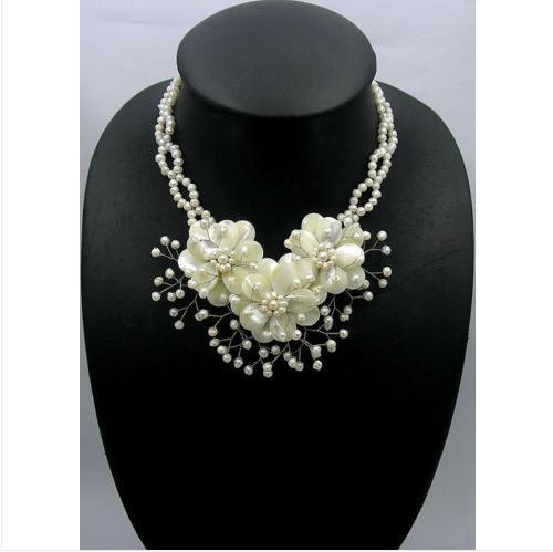 Hochzeit Schmuck natürliche Perlmutt Shell Süßwasser Perle Blume Halskette Ohrring Set 16 ''