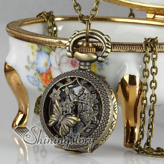 Openwork Schmetterling Messing Antik lange Kette Taschenuhr Anhänger Halsketten für Männer und Frauen unisex