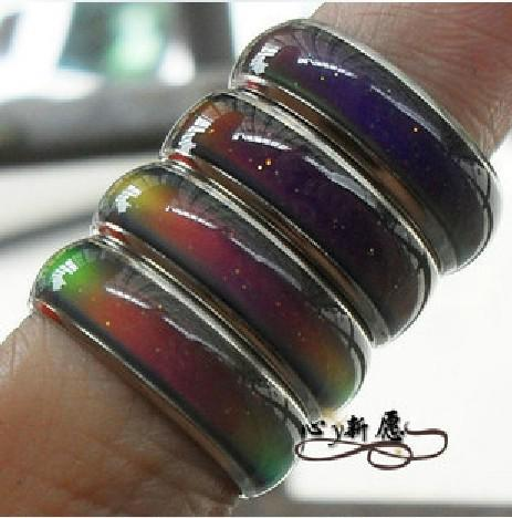 top popular 100pcs mix size mood ring changes color to your temperature reveal your inner emotion cheap fashion jewelry 2019