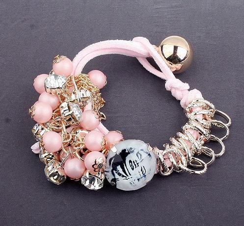 手本の模造真珠フルーツチャームブレスレット