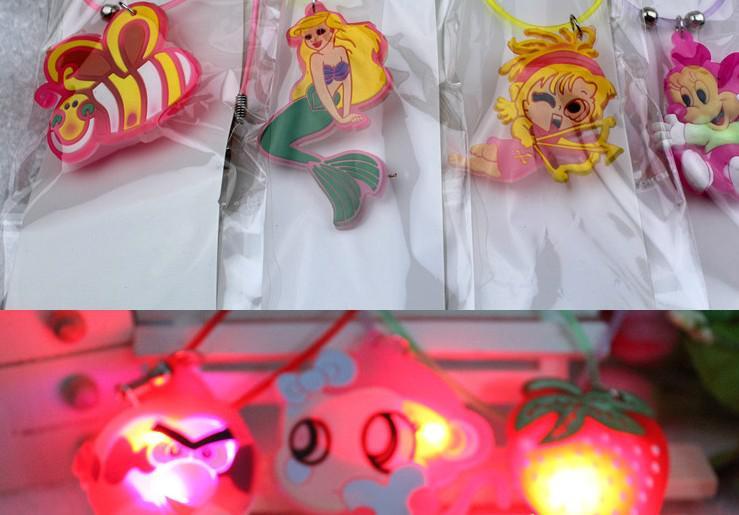무료 배송 패션 LED 깜박이 목걸이 LED가 발광 목걸이 파티 디스코 웨딩 패키지와 함께