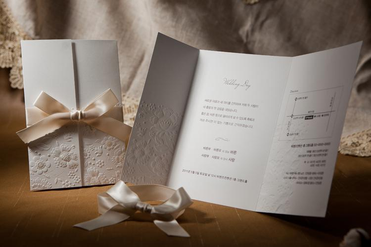 tri fold wedding invitations vintage embossed tri fold wedding invitation with ribbon 8069