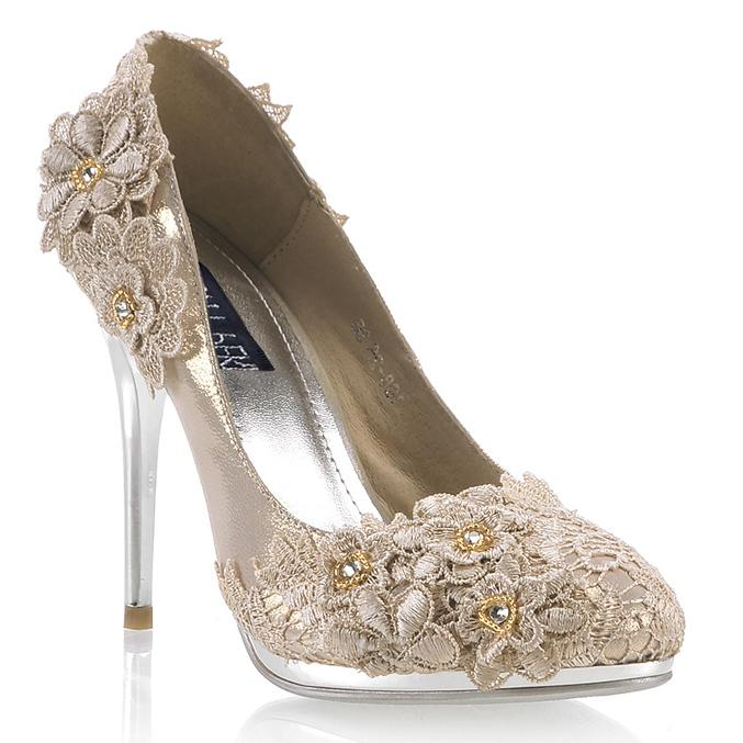 393562da0077 Wedding Shoes For Bride High Heel With Lace Flowers Rhinestone Waterproof  Red Champagne 10cm High Heel Discount Bridal Shoes Elegant Wedding Shoes  From ...