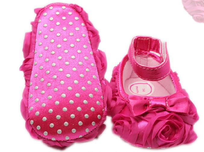 2015新しいホットピンクの弓バラ王女の靴ベビーシューズ滑り止め幼児シューズサイズ15cm 16cm 17cm