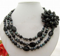Wholesale Lovely Beaded Necklace - Lovely ! 3 Pearl @ Onyx Flower Necklace