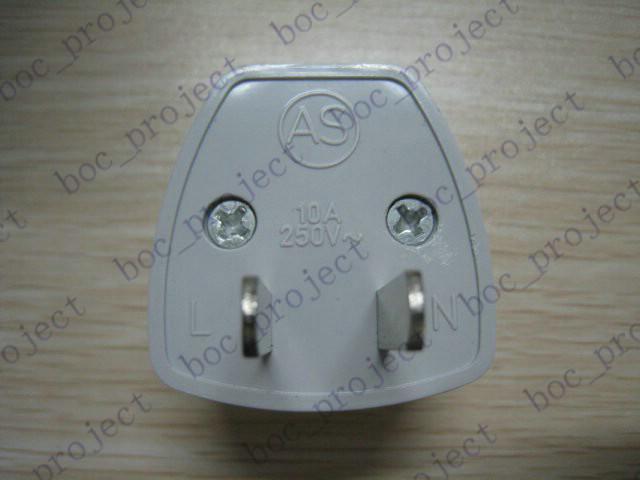 Neue universelle EU UK CN AU nach US Reiseladegerät Adapter Steckdose Konverter 200 teile / los