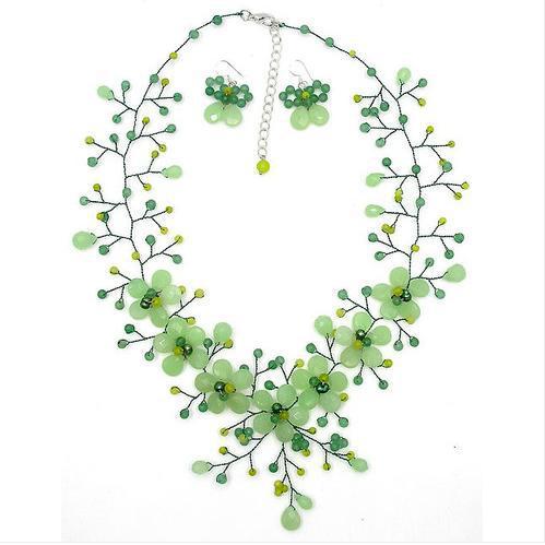 Yeni Gelmesi İnanılmaz Yeşil Aventurin Yeşim Kristal Boncuk Çiçek Kolye Küpe Takı Seti 19 inç