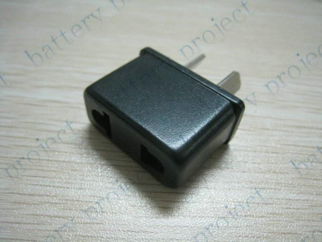 EU oder US zu AU AC power Reiseadapter Outlet Converter Socket schwarz farbe 100 teile / los