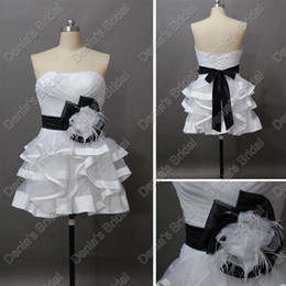 Wholesale Strapless Knee Length Wedding Dress - 2017 Sexy White And Black Short Beach Wedding Dress 3D Handmade Flowers Actual Real Images DB221