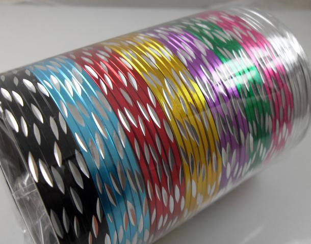 PartihandelFärgglada Tjejens Kvinnors Beauiful Threadet Metal Armband Mode Kvinnor Bangles