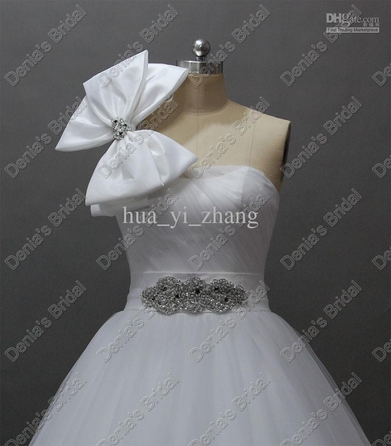 2016 Une épaule Designer Robes De Mariée Perlée Puffy Tulle Robe De Bal Annika Réel Images Réelles Robes De Mariée