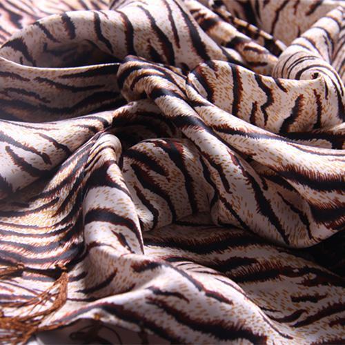 Pañuelo de hombre a rayas rojo chino 100% de seda largo Bicapa borla 10 piezas / lote gratis