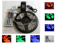 5M 300 LED Striplight SMD 5050 RGB impermeável 44Key IR Remote Controller 5A AC Switching Power