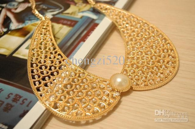 Metal os colares de diamante oco Pérola estrelado colares de colarinho falso