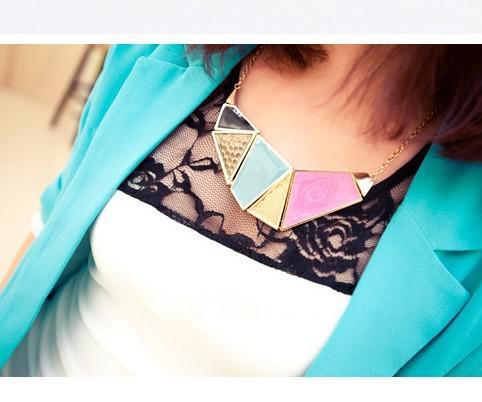 Colliers géométriques Punk Atmosphère Lumineux Couleurs Colliers Femmes