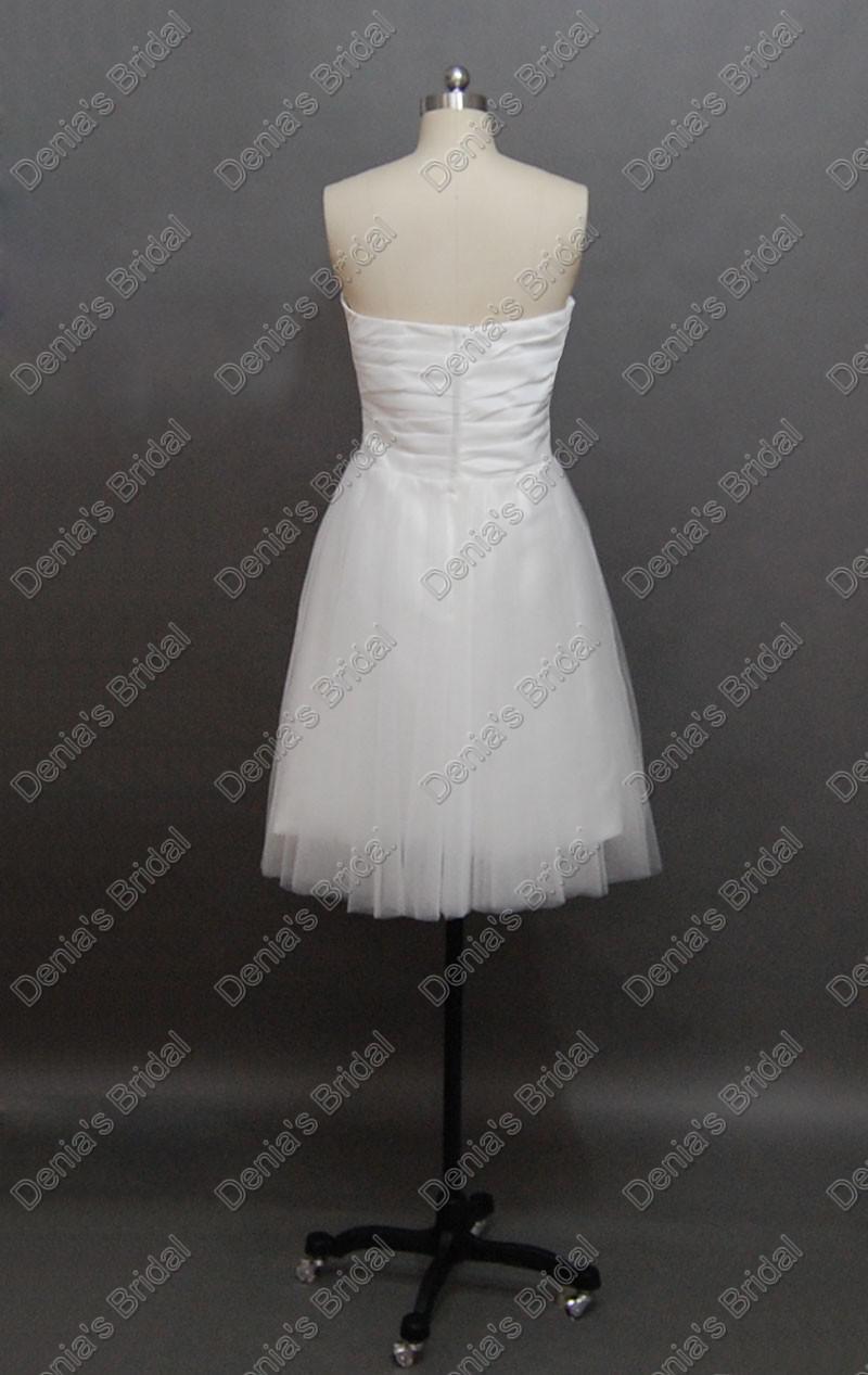 2012 Kort strand Bröllopsklänningar Sweetheart Pläterad Neck Tulle Skrit Real Faktiska bilder Martine