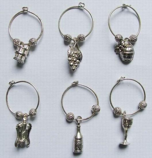 La migliore vendita di vendita vendita argento antico in lega di zinco bicchieri di vino charms stile vigna decorazione regalo di promenade