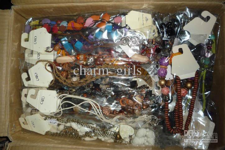 Lager-Niedrigpreis-Paket mit gemischten Stil Halskette Pullover Kette 1500g $ 71,18
