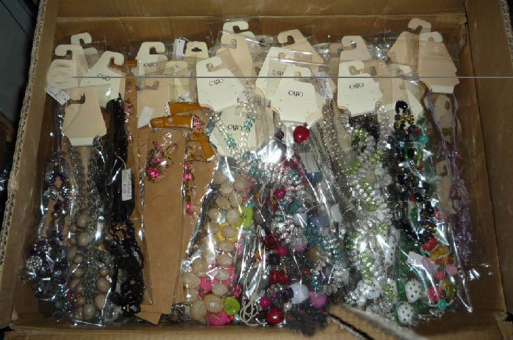 Inventory Low Price Package Deal med blandad stil halsband 500g $ 37.46