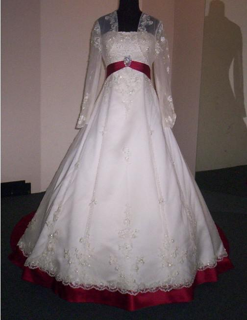Brand New Sexy White Red Rose Strapless Court Train Tulle And Satin Wedding Dress Of