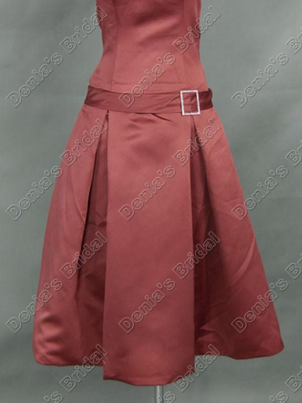 En linje strabblös pläterad teflängd satin brudtärna klänningar klänningar med bandbälte db294