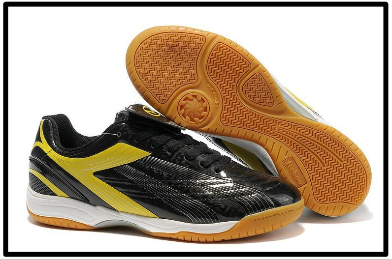 e60b51e5978 Buy cheap best indoor football shoes  Up to OFF51% Discounts