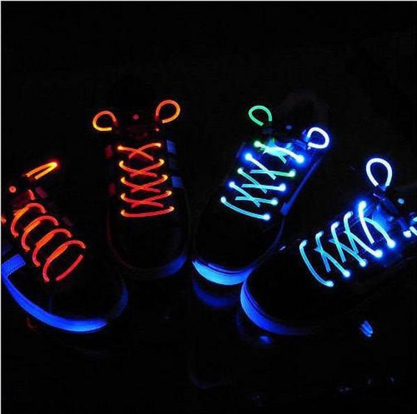 30 adet (15 pairs) Yanıp Sönen LED Ayakkabı Dantel Fiber Optik Shoelace Aydınlık Ayakkabı Danteller Light Up Ayakkabı dantel