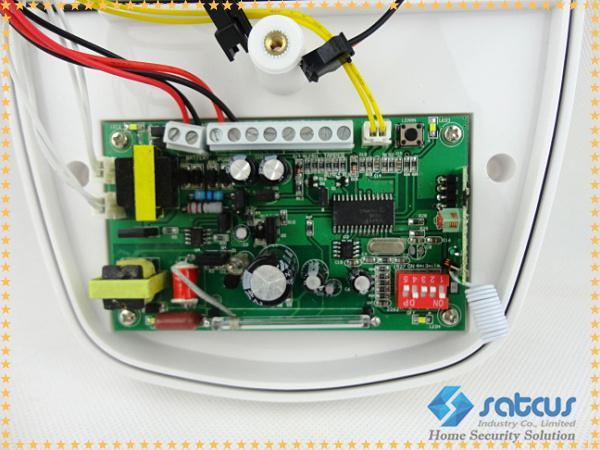 Ao ar livre sem fio à prova d 'água Alarme Chifre Sirene com 120dB Som Aviso Strobe Light para GSM Sistema de Alarme