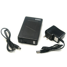 Batterie portable au lithium 12v en Ligne-Super portable Capacité rechargeable au lithium-ion batterie 12V DC 6800mAh 5.5x2.1mm Connecteur pour moniteurs CCTV Cam